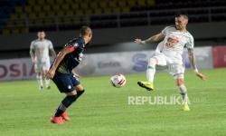 In Picture: Tahan Imbang PS Sleman, Persib Bandung Melaju ke Babak Final