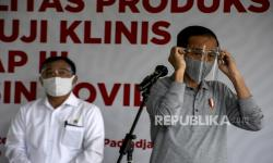 Media Asing Soroti Jokowi yang Tetap Percaya Menkes Terawan