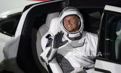 NASA Ingin Cuci Baju di Luar Angkasa