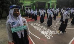 In Picture: Siswa Baru SMAN 2 Bekasi Ikuti Masa Pengenalan Sekolah