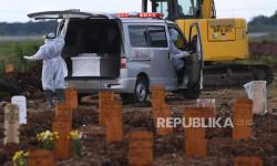 Pemakaman Jenazah Covid di Jakarta Capai Rekor Tertinggi