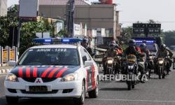 Cegah Warga Berkumpul, Polda Metro Terus Lakukan Patroli