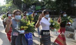 Pasukan Myanmar Tembaki Demonstran Pekerja Medis