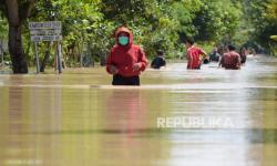 Pemkot Madiun Bersihkan Sungai Guna Antisipasi Banjir