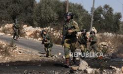 Tentara Israel Tembak Pemuda Palestina yang Gelar Protes