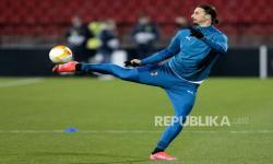 Ibrahimovic Siap Bertahan di AC Milan, Ini Syaratnya
