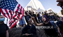 Menhan AS Tolak Kerahkan Tentara untuk Akhiri Demonstrasi