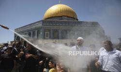 Darah Tumpah di Al-Aqsha Saat Israel Usir Rakyat Palestina