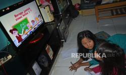 Ortu Sebaiknya Dampingi Anak Saat <em>Nonton</em> TV, Ini Manfaatnya