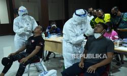 Airlangga: Kasus Terkonfirmasi Positif di PON Capai 176
