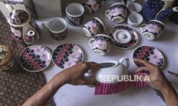 In Picture: Kerajinan Batik Rekat