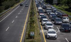 Pengendara Motor Masuk ke Tol di Bandung Ikuti Google Maps