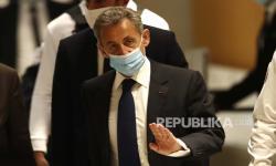 Nicolas Sarkozy Mengaku Tak Bersalah