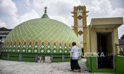 In Picture: Mengenal Masjid Mungsolkanas, Masjid Tertua di Bandung