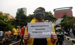 In Picture: Aksi Selamatkan KPK  Aliansi Mahasiswa BEM SI di Jakarta