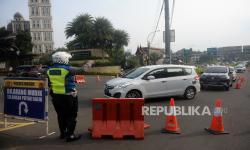 In Picture: Penyekatan Kendaraan di Jalur Puncak Bogor