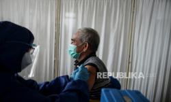Padang Mulai Vaksinasi Lansia dan Aparatur Pelayan Publik