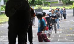 In Picture: Bantuan Paket Sembako untuk Mahasiswa
