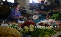 In Picture: Kementan Pastikan Distribusi Pangan Berjalan Lancar