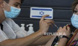 Israel Tunda Vaksinasi untuk Pekerja Palestina