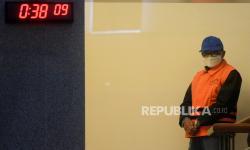 In Picture: KPK Tetapkan Gubernur Sulawesi Selatan sebagai Tersangka