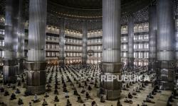 Konser Diizinkan Lagi, Kapan Saf Masjid Boleh Kembali Rapat?
