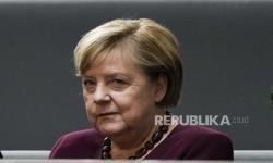 Merkel: Jangan Tinggalkan Solusi Dua Negara Israel-Palestina