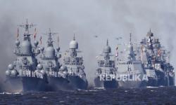 Rusia Klaim Pukul Mundur Kapal Perusak AS di Laut Jepang