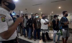 Penumpang Terminal Pulogebang Wajib Tunjukan Surat Sehat