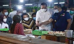 Hari Pertama Puasa, Ridwan Kamil Pantau Harga Cabai ke Pasar