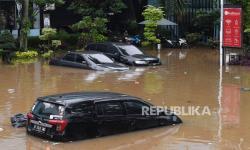 Sejumlah Ruas Jalan Lebak Terendam Banjir