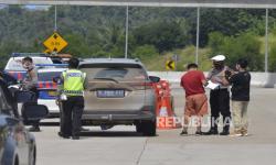 Petugas Siap Kandangkan Kendaraan Pemudik yang Masuk Lampung
