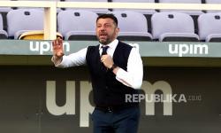 Kalah dari 10 Pemain Milan, D'Aversa Salahkan Penggawa Parma