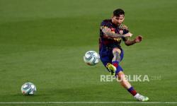Messi tidak Cedera Serius Lawan Napoli