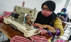 Pemkab Sukabumi Gandeng UMKM Produksi Masker