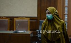 In Picture: Hakim Tipikor Tunda Pembacaan Pledoi Jaksa Pinangki