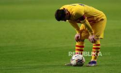 Lionel Messi Dianggap Telah Ditipu oleh Barcelona