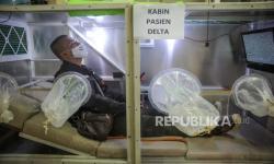 In Picture: Simulasi Isolasi Pasien Covid-19 di Pasar Andir Trade Center