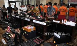 Polres Jakbar Pantau Tujuh Perusahaan Pinjaman <em>Online</em>