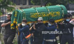 In Picture: Almarhum Markis Kido Dimakamkan di TPU Kebon Nanas