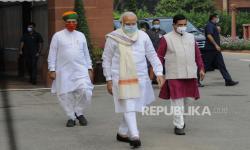 PM Modi Terima Suntikan Vaksin Covid-19