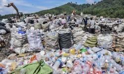 DPRD Jawa Barat: TPA Sarimukti Kelebihan Kapasitas