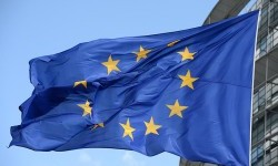 Ekonomi Zona Euro Alami Kontraksi Terdalam