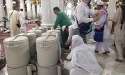 Manfaat Air Zamzam Menurut Hadits Rasulullah dan Ulama
