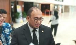 Menteri BUMN Diminta Fasilitasi Kepulangan Mahasiswa di Arab