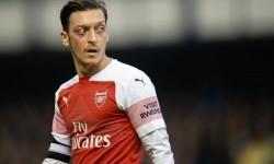 Arsenal Siap Bayar Sisa Kontrak demi SIngkirkan Mesut Oezil