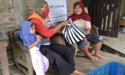 Rumah Zakat Salurkan Bantuan untuk Lansia