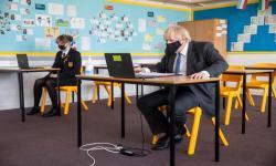 PM Johnson: Pembukaan Kembali Sekolah Langkah Menuju Normal