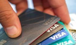 Penduduk AS Kurangi Berutang, Tingkat Pinjaman AS Menurun