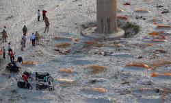 2.000 Jenazah Ditemukan di Tepi Sungai Gangga
